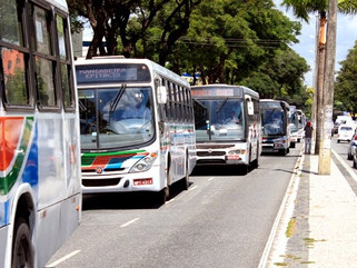 Paraíba reduz 50% do ICMS sobre o diesel para impedir aumento na passagem de ônibus
