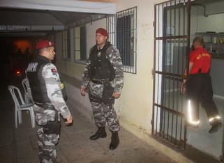 Presos fazem rebelião no presídio padrão de Cajazeiras