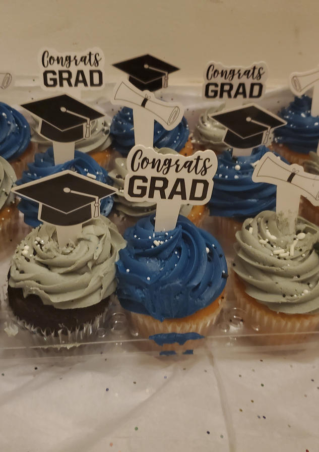Grads Cupcakes by Passion Driven Parties