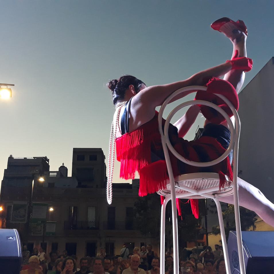 cabaret pallasses petit festival gracia