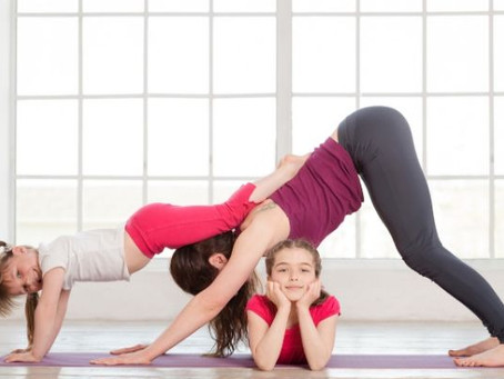 17 IDEAS TO EXERCISE ALONGSIDE YOUR KIDS