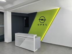 Muro recepción OPEL