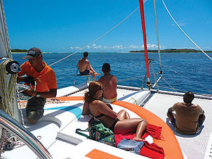 gabriel-island-cruise-catamaran2.jpg
