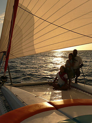 cocktail-sunset-cruise_catamaran.jpg