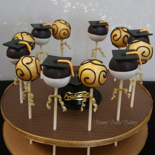 Graduation Cake Pops - UCF.jpg