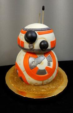 BB8 Cake.jpg
