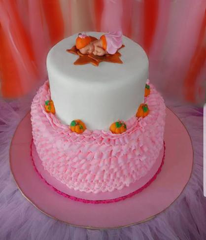 Pumpkin Baby Shower Cake.jpg