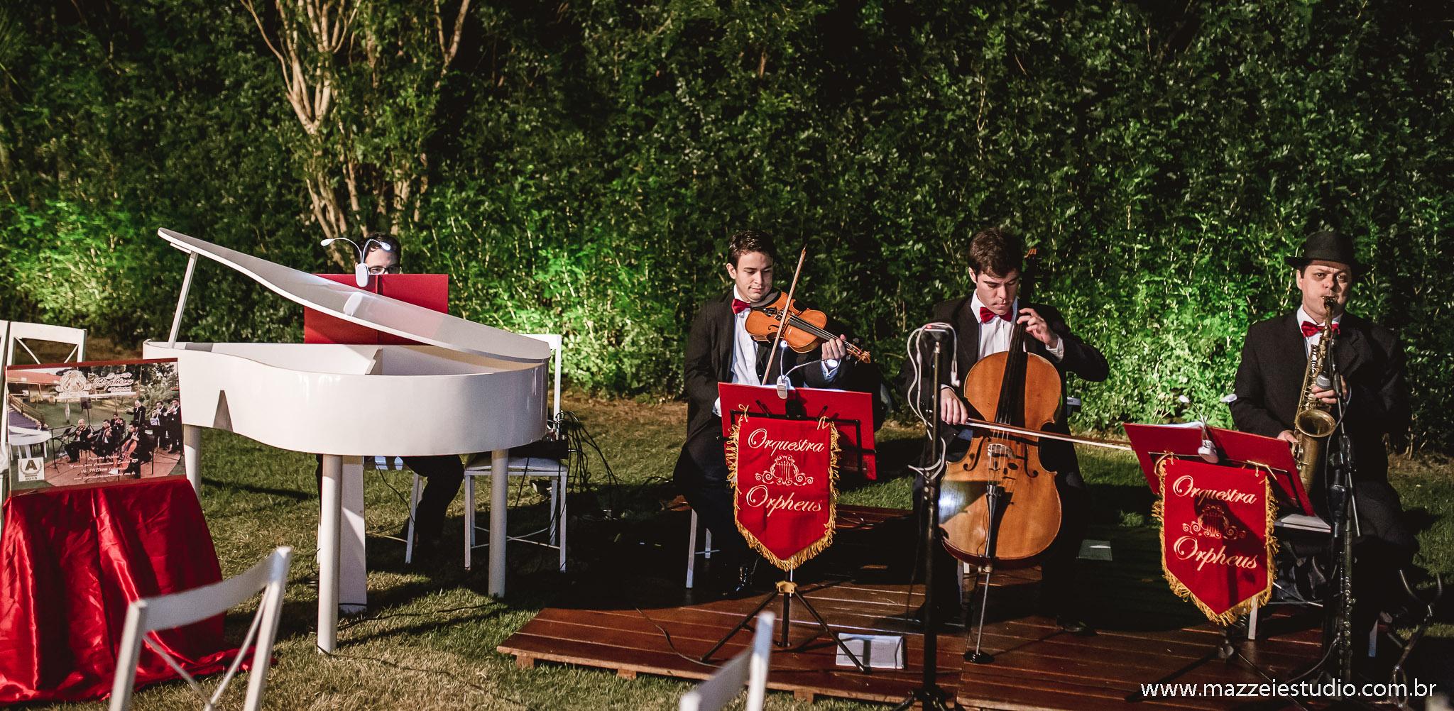 Orquestra Orpheus no Le Jardin