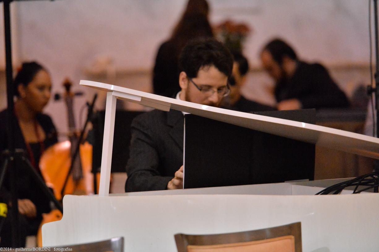 Piano de cauda - Orquestra Orpheus