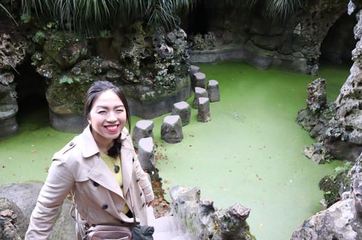 Rika's Visit 2019 - Rika em Quinta da Regaleira