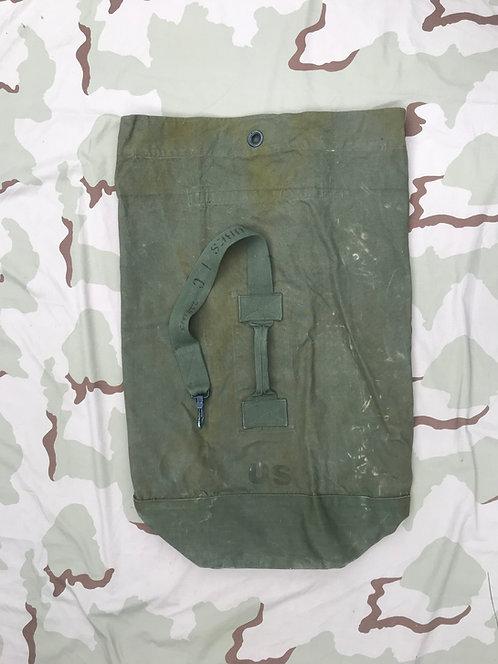 US Military Vintage Duffel Bag Cotton Canvas DSA 100-3566 NSN 8465-265-4928