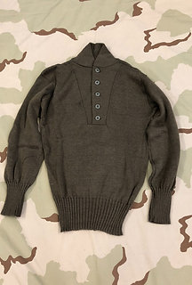US Army Man's Wool 5 Button Brown Sweater