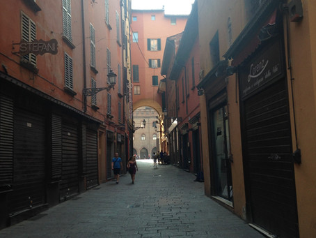 Le vie più caratteristiche di #Bologna