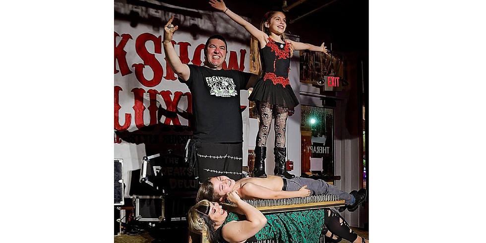 Freakshow Family Show