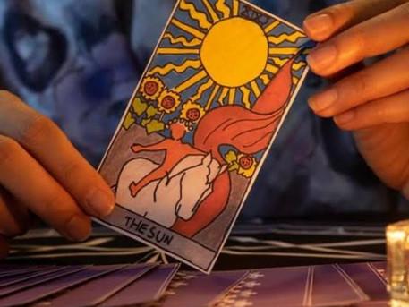 """Tarot e a """"leitura"""" de campo energético"""