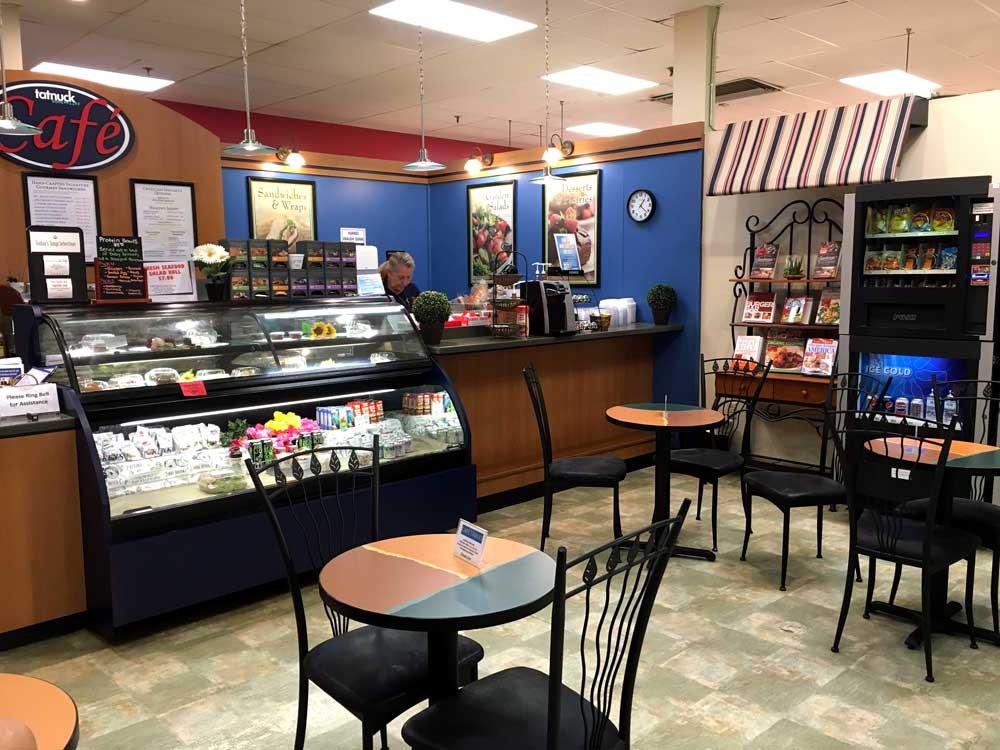 Tatnuck Cafe