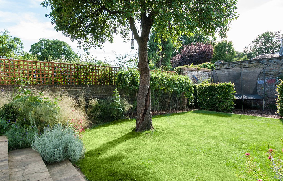 Traditional Garden Chiswick