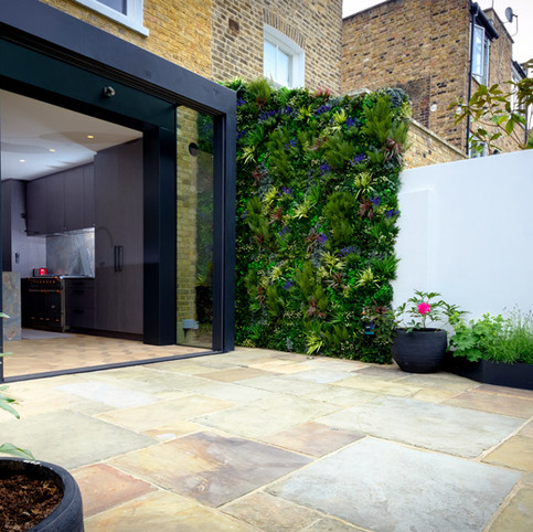 Fulham Low Maintenance Garden