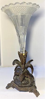 Vase cornet soliflore + bois sculpté de la forêt noire