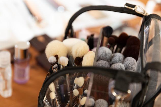 Das wichtigste Werkzeug eines Make-up Artists sind unter anderem die Pinsel