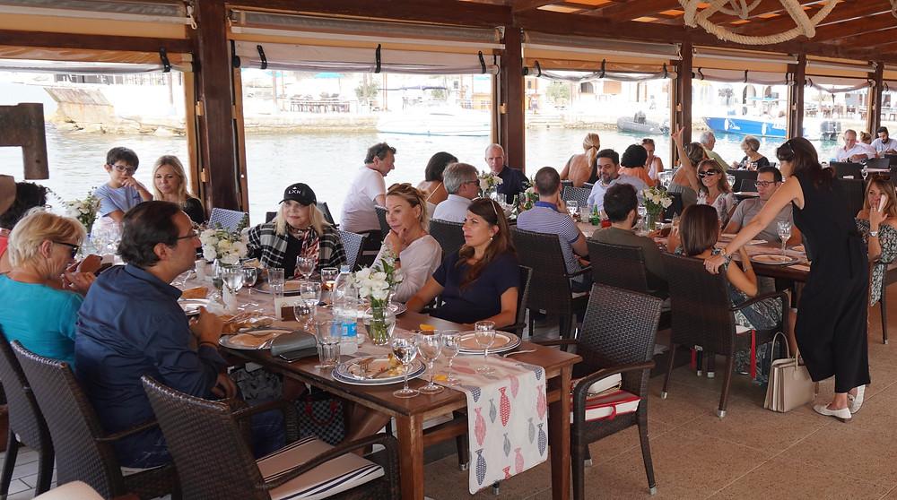 Déjeuner au Byblos sur Mer. © Fabrice Roy