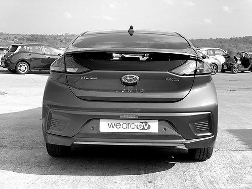 2020 (20) Hyundai Ioniq Premium SE 38kWh 2.7k Miles