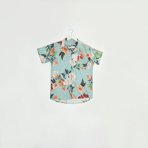 Camisa celeste flores calidas