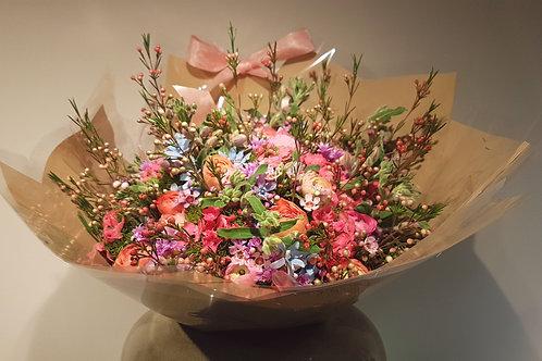 mixed seasonal Bouquet - זר מעורב עונתי