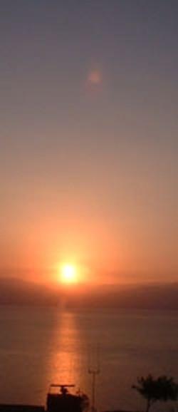 sunriseoverdeadsea