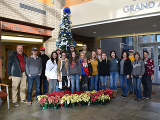 Lead Hill Students Spread Holiday Cheer