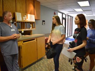 HHS Students visit Claude Parrish Cancer Center