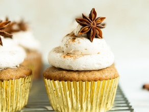 Banana Cupcakes with Chai Buttercream