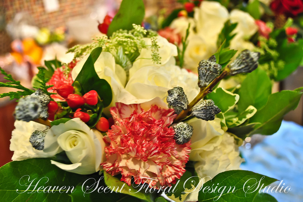Christmas themed wedding | NJ Wedding Florist | Heaven Scent Floral Design