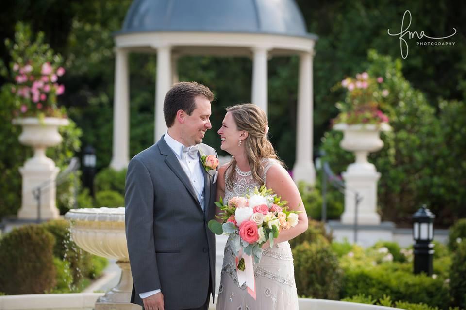 Peach, blush and coral  wedding | Heaven Scent Floral Design | NJ Wedding Florist