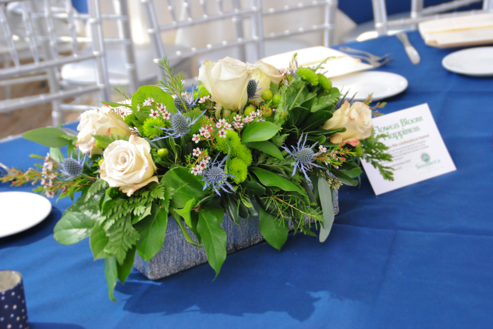 Blue and white long and low table centerpiece | NJ Wedding Florist