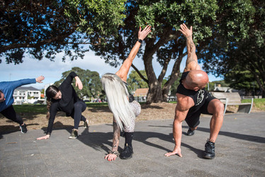 zone-escapes-fitness-retreat-workout-stretch