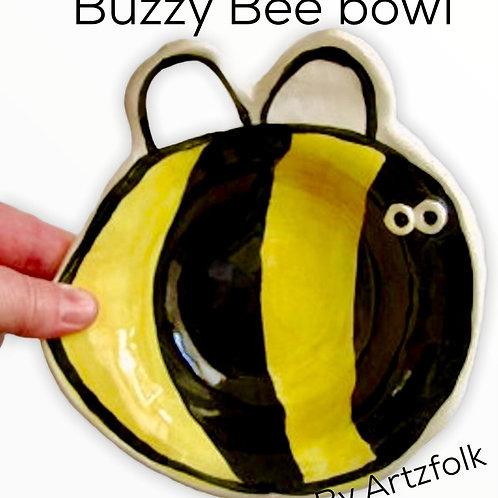 medium Handmade Pottery Bumble Bee art Bowl by Artzfolk
