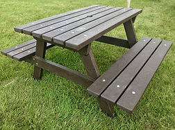 Picnc Table.jpeg