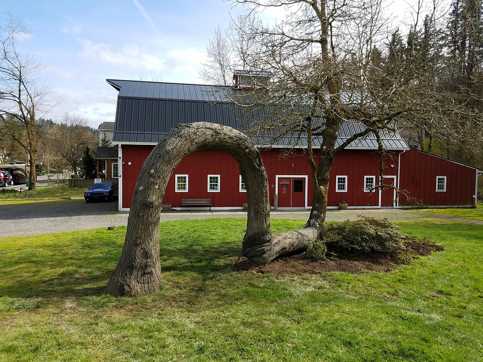 Lovers Oak Replica and Barn Museum
