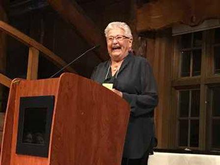 sharon-nesbit-receives-award.jpg