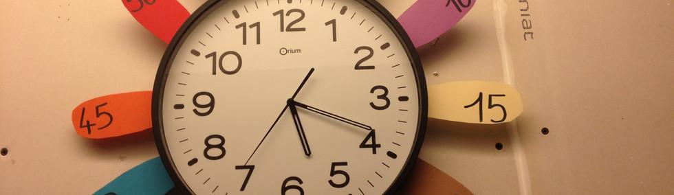 horloge colorée