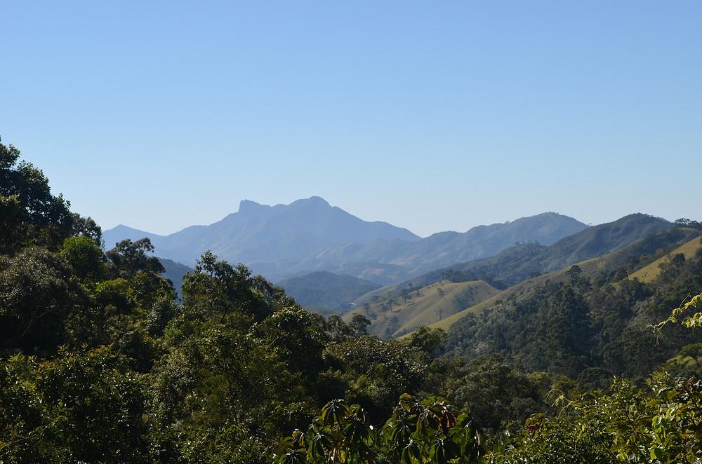 Pedra Selada vista de longe