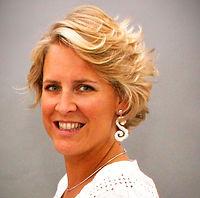 Delphine Mommaerts_edited_edited.jpg