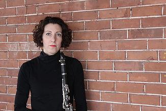 Ottawa-based Sheila Vaselenak offers clarinet lessons and performances.