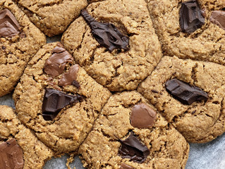Chocolate Chunk Cookies (gluten- + egg-free)