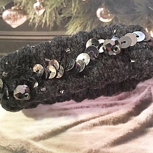 Charcoal Rib cuff w. sequins