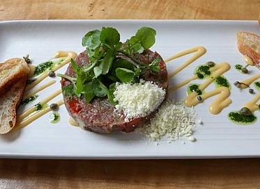 Beef tartare steak