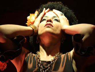Ópera francesa Carmen no Teatro Paulo Machado de Carvalho em São Caetano