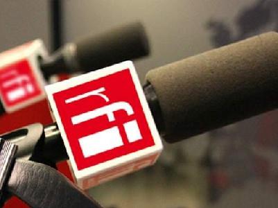 Rádio: um jornal diário e de fácil compreensão para estudantes de francês