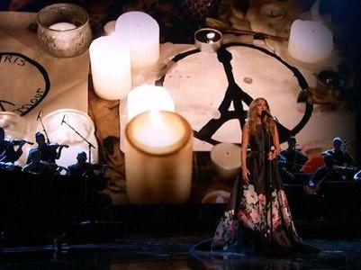 Grandes nomes da música homenageiam vítimas dos ataques terroristas em Paris